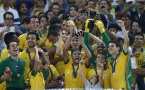 Brasile-alza-la-coppa
