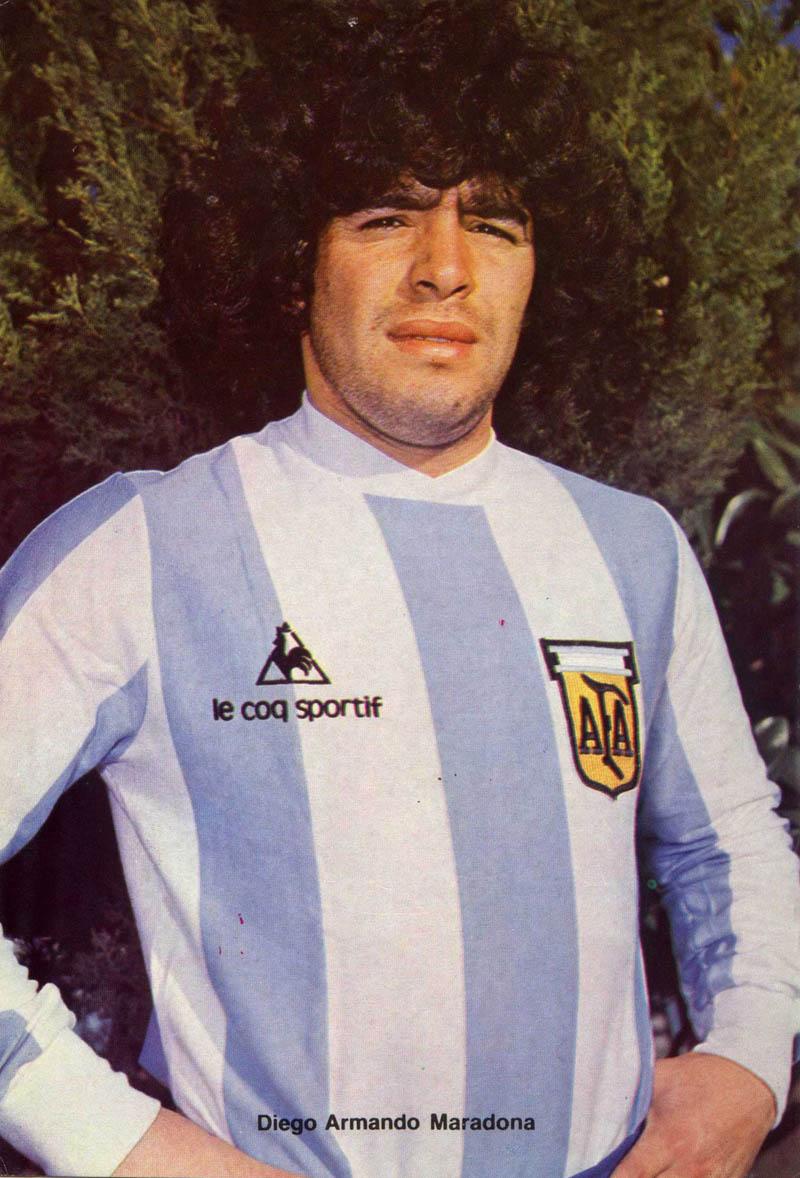 Napoli offerta a Lozano. Vicino Manolas. Analisi e commenti.